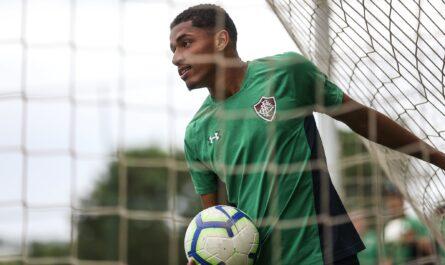 El delantero Marcos Paulo en un entrenamiento con el Fluminense