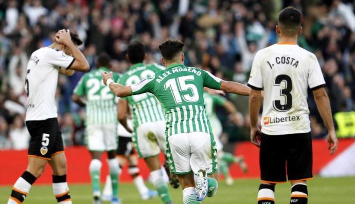 El Real Betis busca romper su maleficio en Mestalla