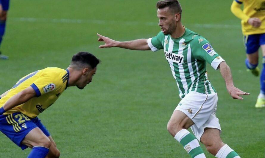 1×1/ Real Betis 1-0 Cádiz CF: Los verdiblancos celebran el día de Andalucía con tres puntos